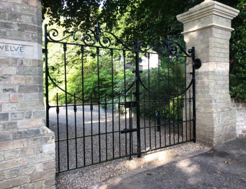 Gate refurbishment and new gate to match